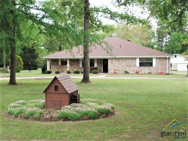 405 Woodhaven, Jacksonville, TX 75766 (MLS #10107251) :: RE/MAX Professionals - The Burks Team
