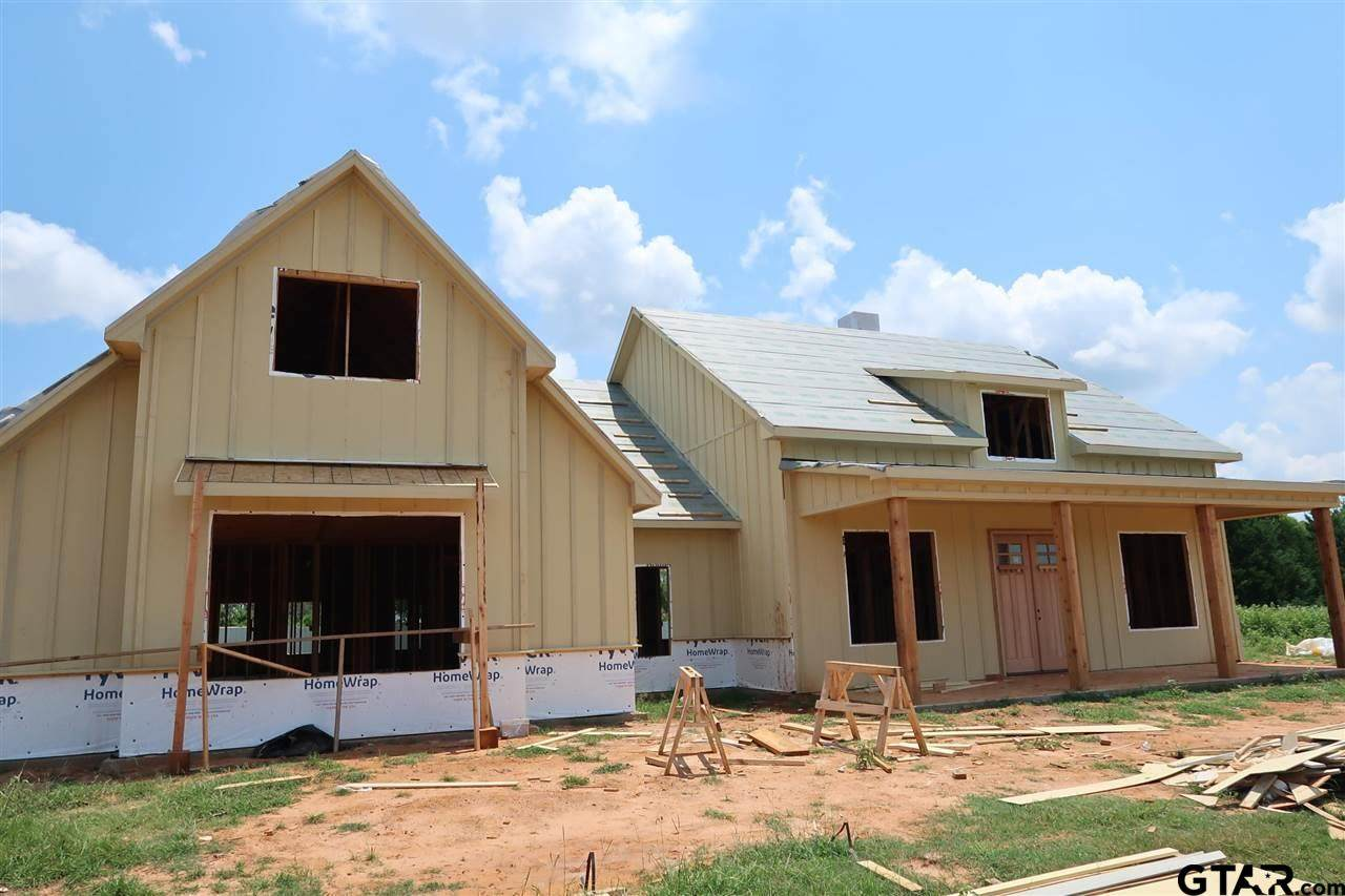 21809 Country Meadows - Photo 1