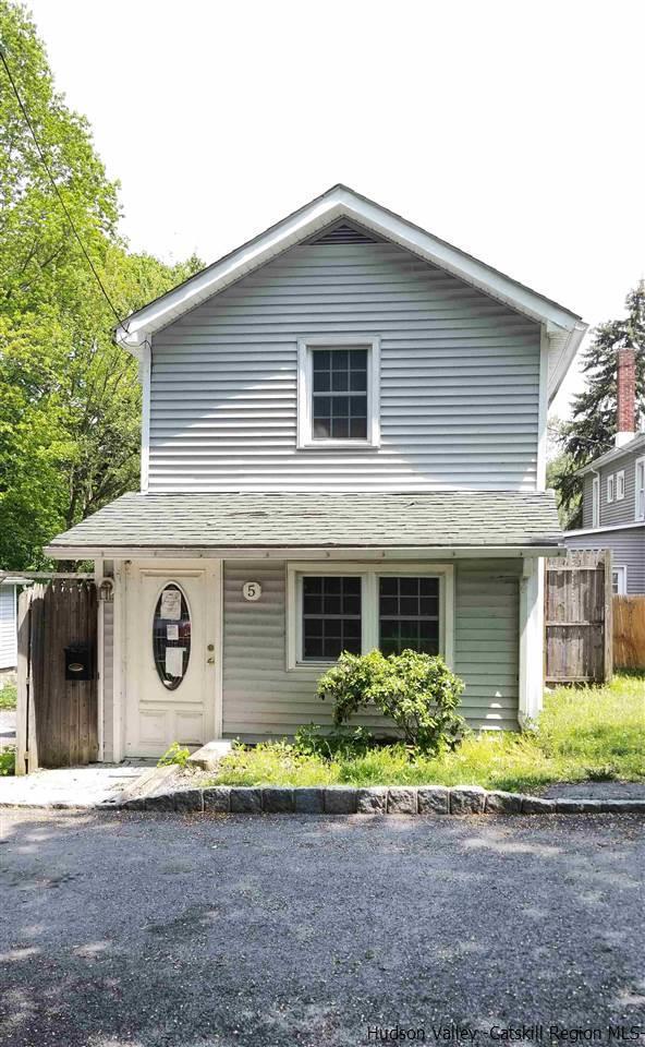 5 Locust Street, Walden, NY 12586 (MLS #20183932) :: Stevens Realty Group