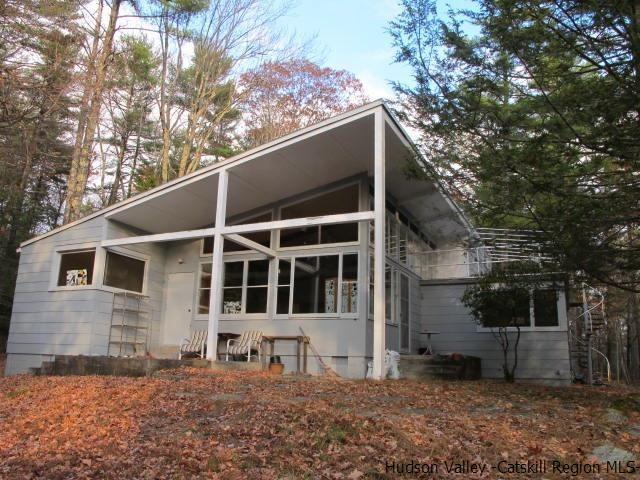 262 Upper Byrdcliff Road, Woodstock, NY 12498 (MLS #20190174) :: Stevens Realty Group