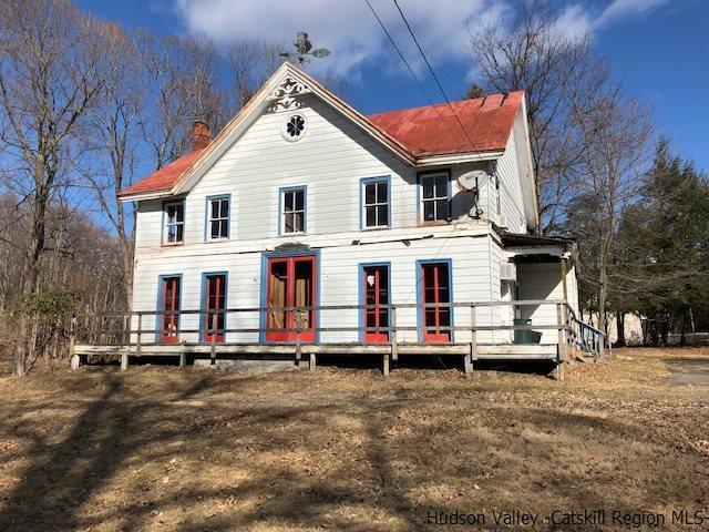 195 Spring Lake Road, Red Hook, NY 12571 (MLS #20190444) :: Stevens Realty Group