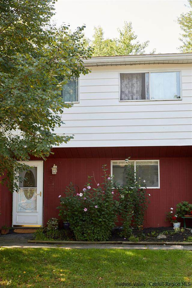 27 Orchard Heights, New Paltz, NY 12561 (MLS #20213466) :: The Clement, Brooks & Safier Team