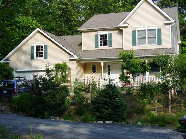 4 Caroline Way, New Paltz, NY 12561 (MLS #20181100) :: Stevens Realty Group