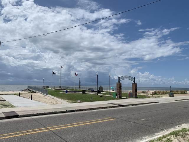 105 N Beach Boulevard, Waveland, MS 39576 (MLS #3270027) :: The Demoran Group at Keller Williams