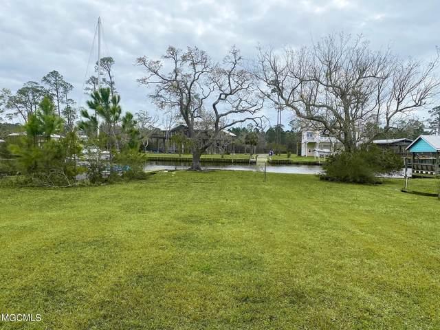 3 Ponce De Leon Boulevard, Pass Christian, MS 39571 (MLS #3372729) :: The Demoran Group at Keller Williams