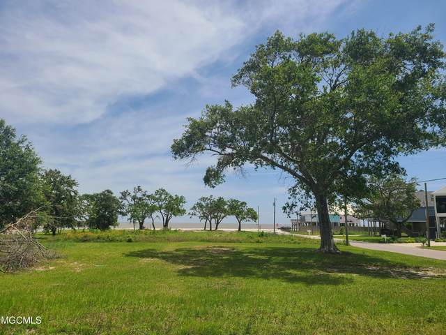 110 Beachview Circle, Long Beach, MS 39560 (MLS #3375465) :: The Sherman Group