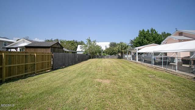 134 Demontluzin Avenue, Bay Saint Louis, MS 39520 (MLS #3376695) :: The Demoran Group at Keller Williams