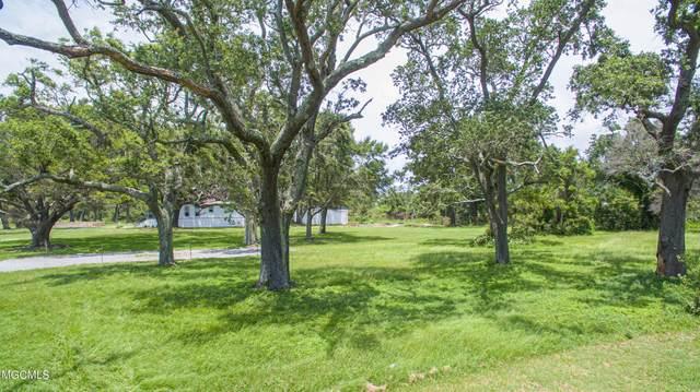 1536 Beach Boulevard, Gulfport, MS 39501 (MLS #3377613) :: Coastal Realty Group