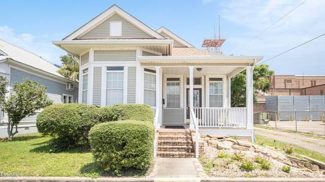 2216 17th Street, Gulfport, MS 39501 (MLS #3377909) :: Berkshire Hathaway HomeServices Shaw Properties