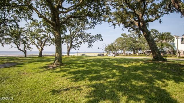 534 E Beach Boulevard, Gulfport, MS 39507 (MLS #3378331) :: Coastal Realty Group