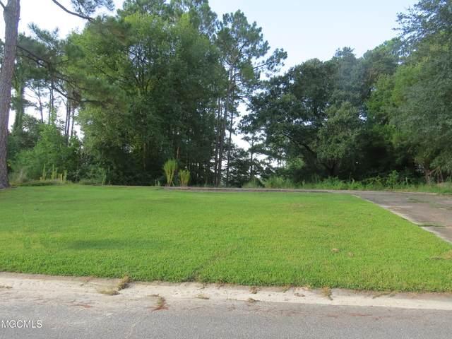 12317 Moreton Place, Ocean Springs, MS 39564 (MLS #3378649) :: Berkshire Hathaway HomeServices Shaw Properties
