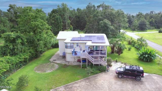 310 Pine Street, Waveland, MS 39576 (MLS #3378855) :: Berkshire Hathaway HomeServices Shaw Properties