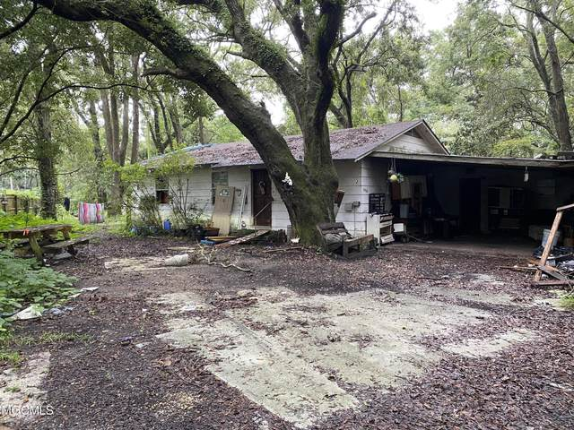 3923 Orchard Avenue, Pascagoula, MS 39581 (MLS #3380583) :: The Sherman Group