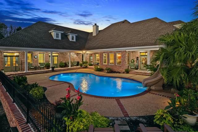 100 Emerald Lake Drive, Waveland, MS 39576 (MLS #4000878) :: Berkshire Hathaway HomeServices Shaw Properties