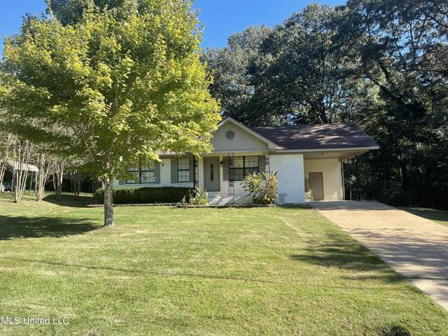 584 N Thunderbird Drive, Hernando, MS 38632 (MLS #4001335) :: The Home Gurus, Keller Williams Realty