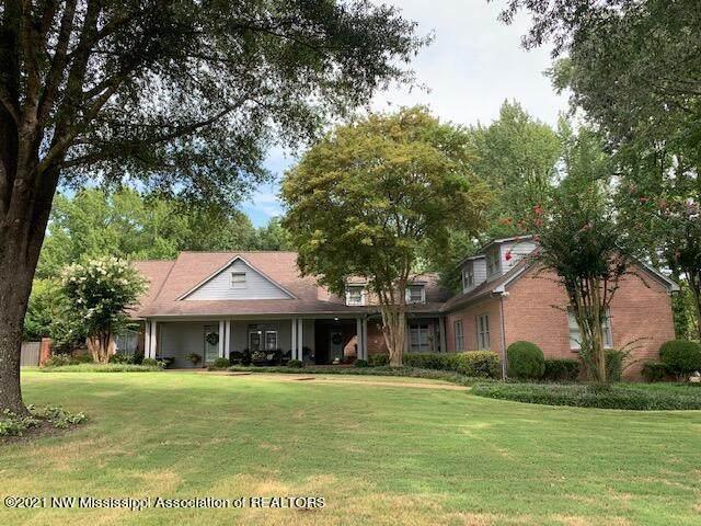 5468 Wedgewood Drive, Olive Branch, MS 38654 (MLS #2337635) :: Gowen Property Group | Keller Williams Realty