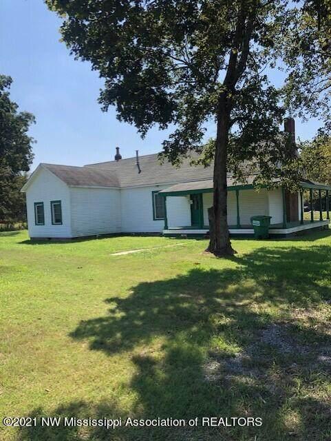 12489 Star Landing Road, Lake Cormorant, MS 38641 (MLS #2337640) :: The Home Gurus, Keller Williams Realty