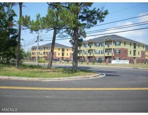 6725 April Bayou Drive, Biloxi, MS 39532 (MLS #3328735) :: Berkshire Hathaway HomeServices Shaw Properties