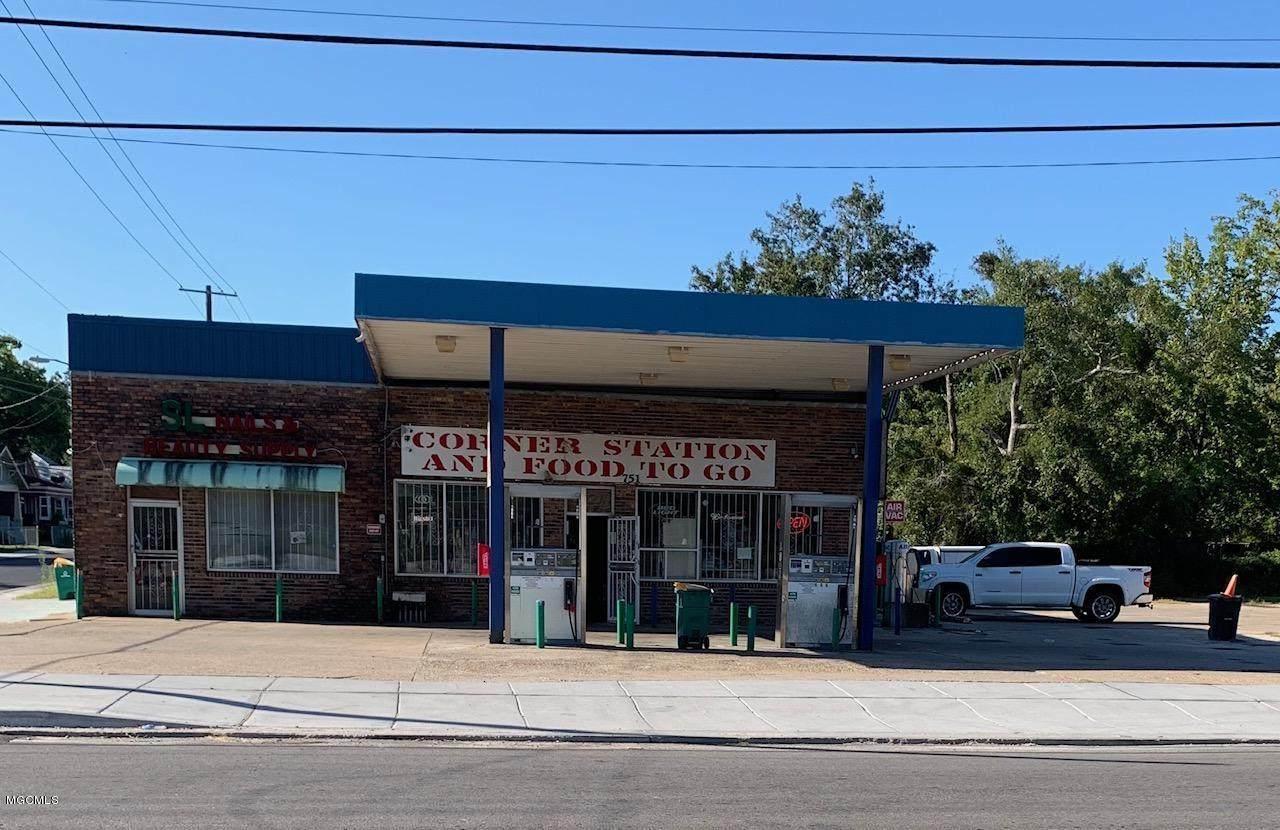 751 Division Street - Photo 1