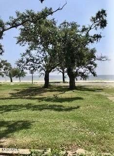 1102 E Beach Boulevard, Long Beach, MS 39560 (MLS #3377331) :: Berkshire Hathaway HomeServices Shaw Properties
