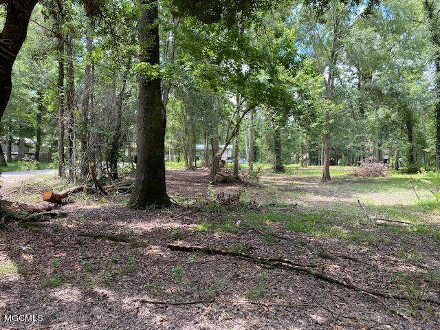 No Beaver Dam Drive, Lucedale, MS 39452 (MLS #3378445) :: Berkshire Hathaway HomeServices Shaw Properties
