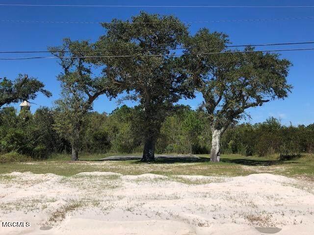 228 S Beach Boulevard, Waveland, MS 39576 (MLS #3380444) :: The Sherman Group