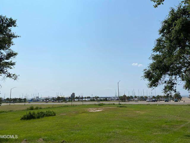 121 E Scenic Drive, Pass Christian, MS 39571 (MLS #4000545) :: Coastal Realty Group