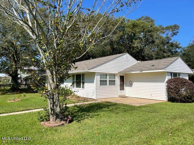 2429 King Avenue, Pascagoula, MS 39567 (MLS #4001237) :: Berkshire Hathaway HomeServices Shaw Properties