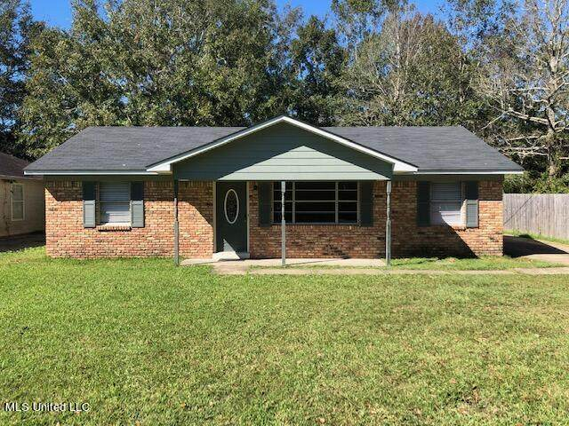 1729 Dolphin Drive, Gautier, MS 39553 (MLS #4001331) :: The Sherman Group