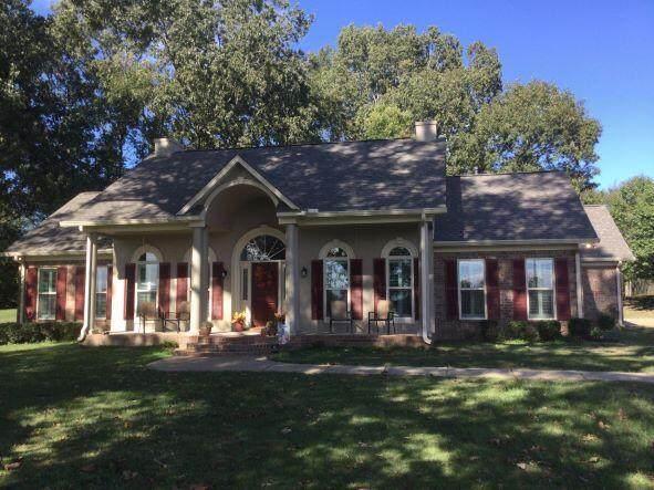 4224 Chamberlin Oaks Drive, Hernando, MS 38632 (MLS #4001477) :: The Home Gurus, Keller Williams Realty