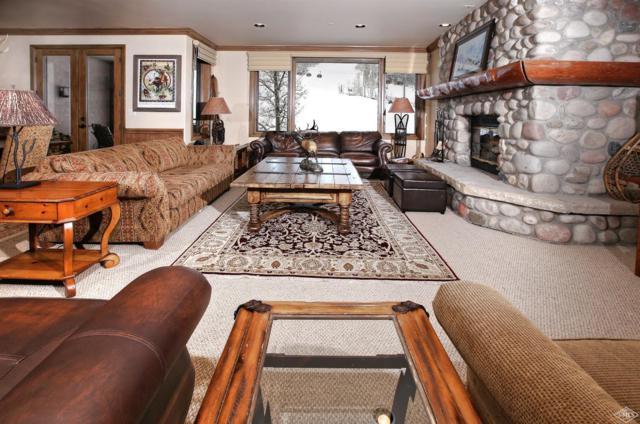 96 Highlands Lane #215, Beaver Creek, CO 81620 (MLS #933956) :: Resort Real Estate Experts