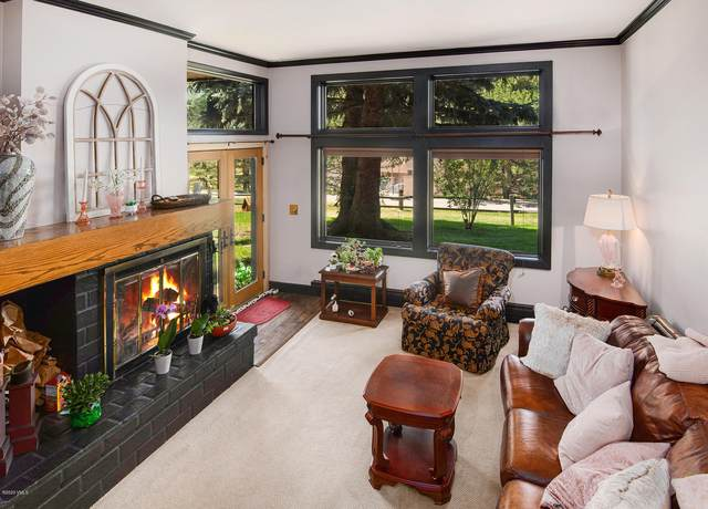 760 W Beaver Creek Boulevard #104, Avon, CO 81620 (MLS #937329) :: eXp Realty LLC - Resort eXperts