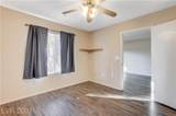 8070 Russell - Photo 17