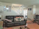 8048 Rochelle Avenue - Photo 6