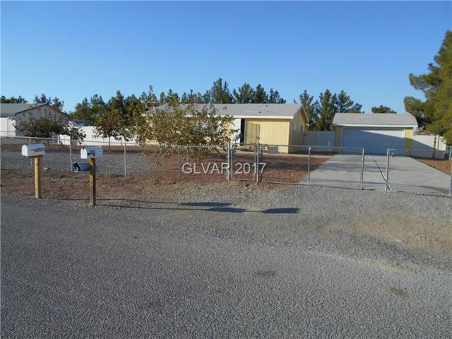 2370 W Machado, Pahrump, NV 89048 (MLS #1939934) :: The Snyder Group at Keller Williams Realty Las Vegas