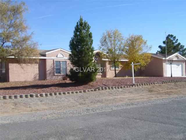 3521 Mariposa, Pahrump, NV 89048 (MLS #1948829) :: Catherine Hyde at Simply Vegas
