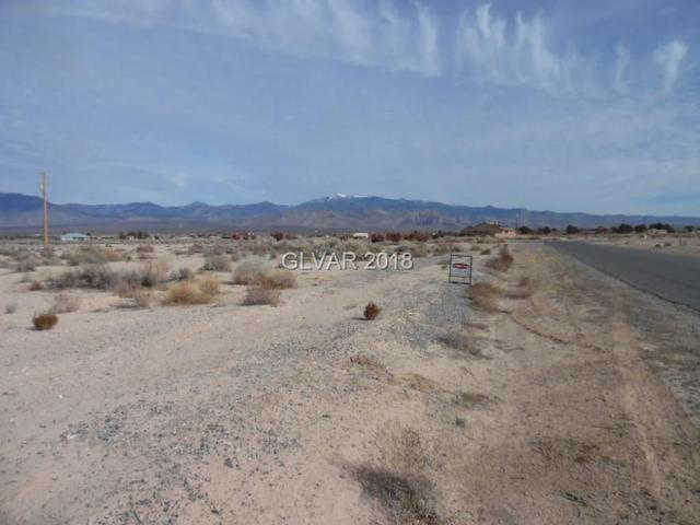 780 E Hickory, Pahrump, NV 89048 (MLS #1963760) :: Catherine Hyde at Simply Vegas