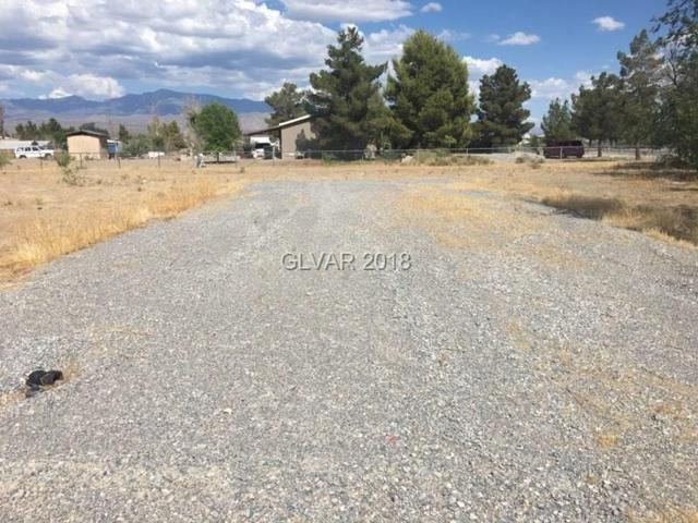 1300 W Gold Dust, Pahrump, NV 89048 (MLS #2015298) :: The Snyder Group at Keller Williams Realty Las Vegas