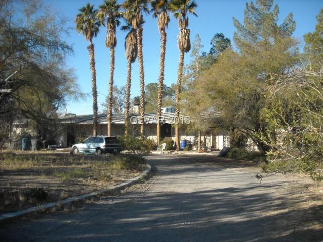 2663 Lindell, Las Vegas, NV 89146 (MLS #2049624) :: The Machat Group | Five Doors Real Estate