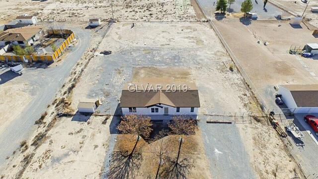 3431 E Navajo, Pahrump, NV 89061 (MLS #2059966) :: Trish Nash Team