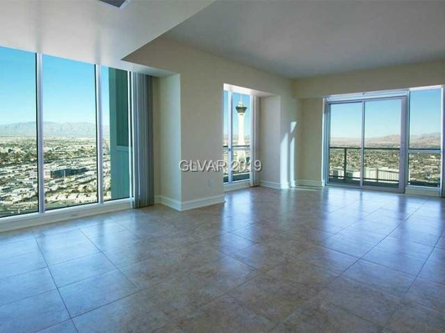 2700 S Las Vegas #4103, Las Vegas, NV 89109 (MLS #2065409) :: The Snyder Group at Keller Williams Marketplace One