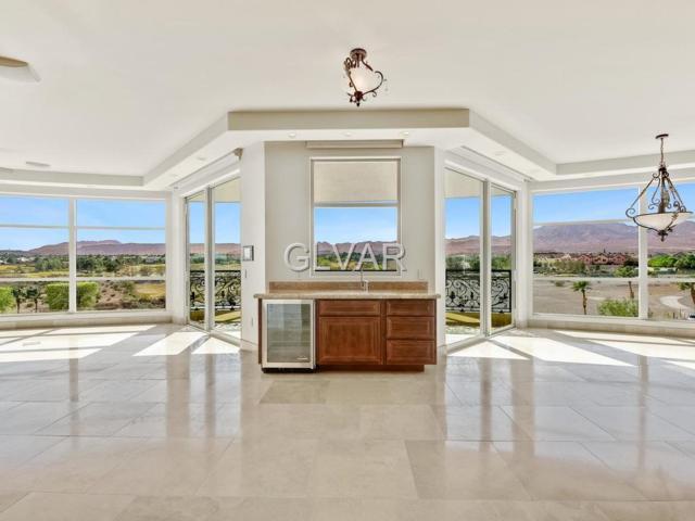 9103 Alta #301, Las Vegas, NV 89145 (MLS #2069422) :: Vestuto Realty Group
