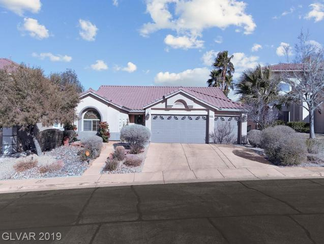 1302 Autumn Wind, Henderson, NV 89052 (MLS #2074774) :: The Snyder Group at Keller Williams Marketplace One