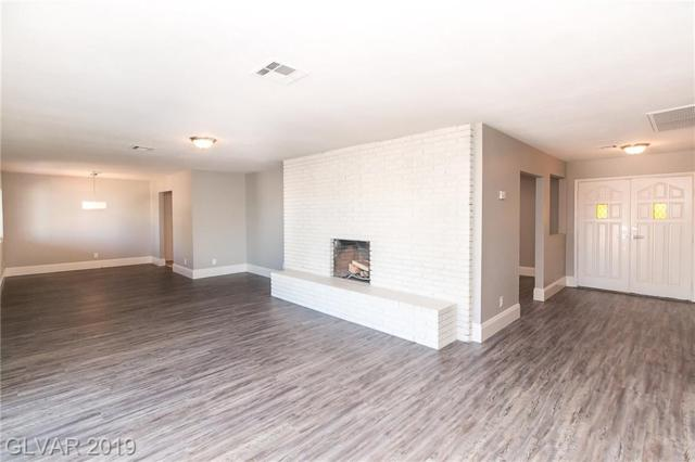 120 W Highland, Henderson, NV 89015 (MLS #2091463) :: The Snyder Group at Keller Williams Marketplace One