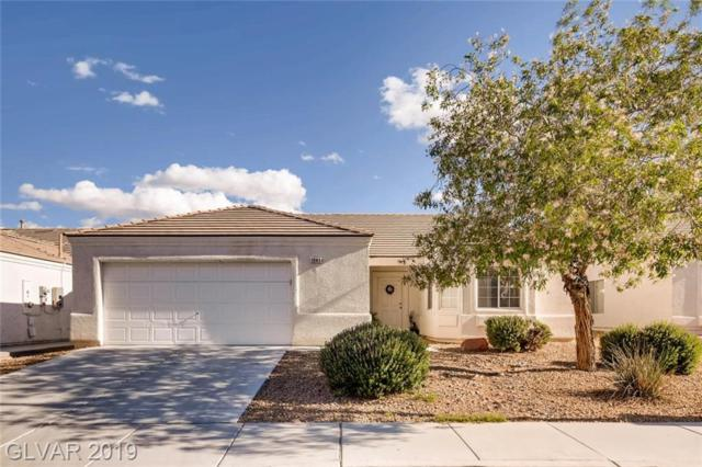 1941 W Hammer, North Las Vegas, NV 89031 (MLS #2099510) :: The Snyder Group at Keller Williams Marketplace One