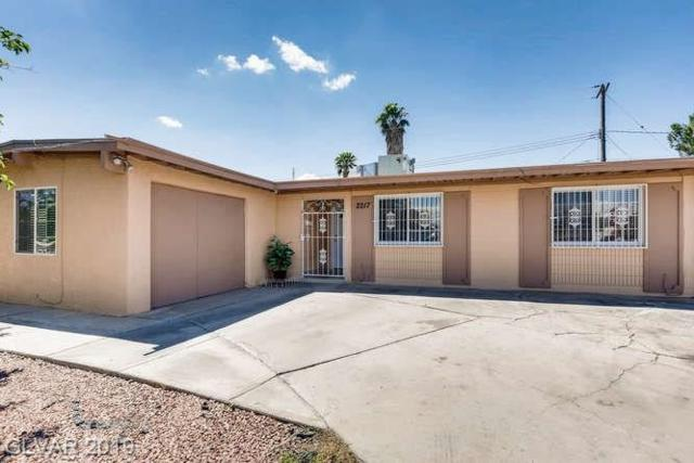 2217 Palma Vista, Las Vegas, NV 89169 (MLS #2099839) :: ERA Brokers Consolidated / Sherman Group