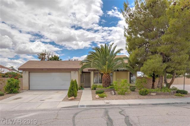 7051 Wedgewood, Las Vegas, NV 89147 (MLS #2100238) :: Trish Nash Team