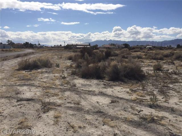 1130 S Thunderpass, Pahrump, NV 89048 (MLS #2105687) :: The Snyder Group at Keller Williams Marketplace One