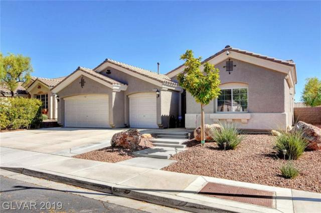 2137 Handel, Henderson, NV 89052 (MLS #2117764) :: Signature Real Estate Group