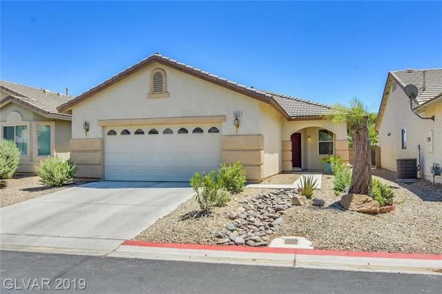 3802 Winter Whitetail, Las Vegas, NV 89122 (MLS #2118586) :: The Snyder Group at Keller Williams Marketplace One